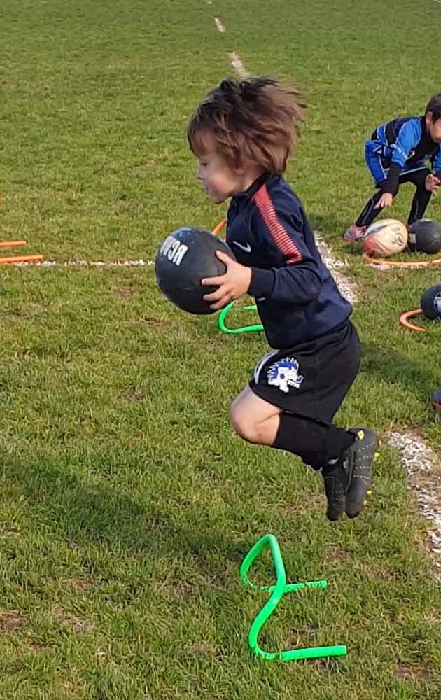 exercices parcours moteurs rugby M6 M8 ejercicios motricidade